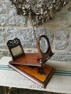 A Victorian Burr Walnut Stereo Scope by Negretti & Zambra