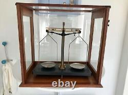 Antique Glass Cased Scales (Eireka Scientific Co)Weighing Balance Apothecary