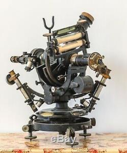 Astronomical wagon Hildebrand Freiberg. Antique scientific instruments. Museum