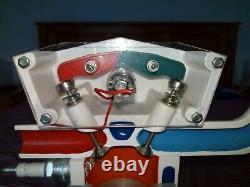 Cutaway display engine, educational model, office ornament