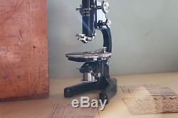 Ernst Leitz Wetzlar #311682 Polarizing Petrographic Microscope