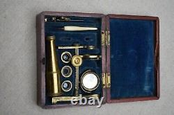 Unsigned Cary-Gould type folding-foot microscope c. 1840 in mahogany box